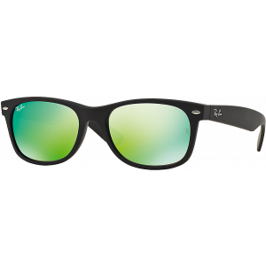 Ray-Ban New Wayfarer Black Rubber Green Mirror